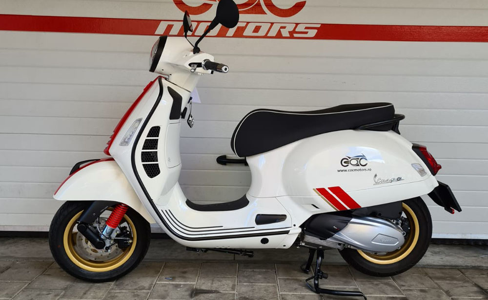 Vespa GTS Racing Sixties 2020 full